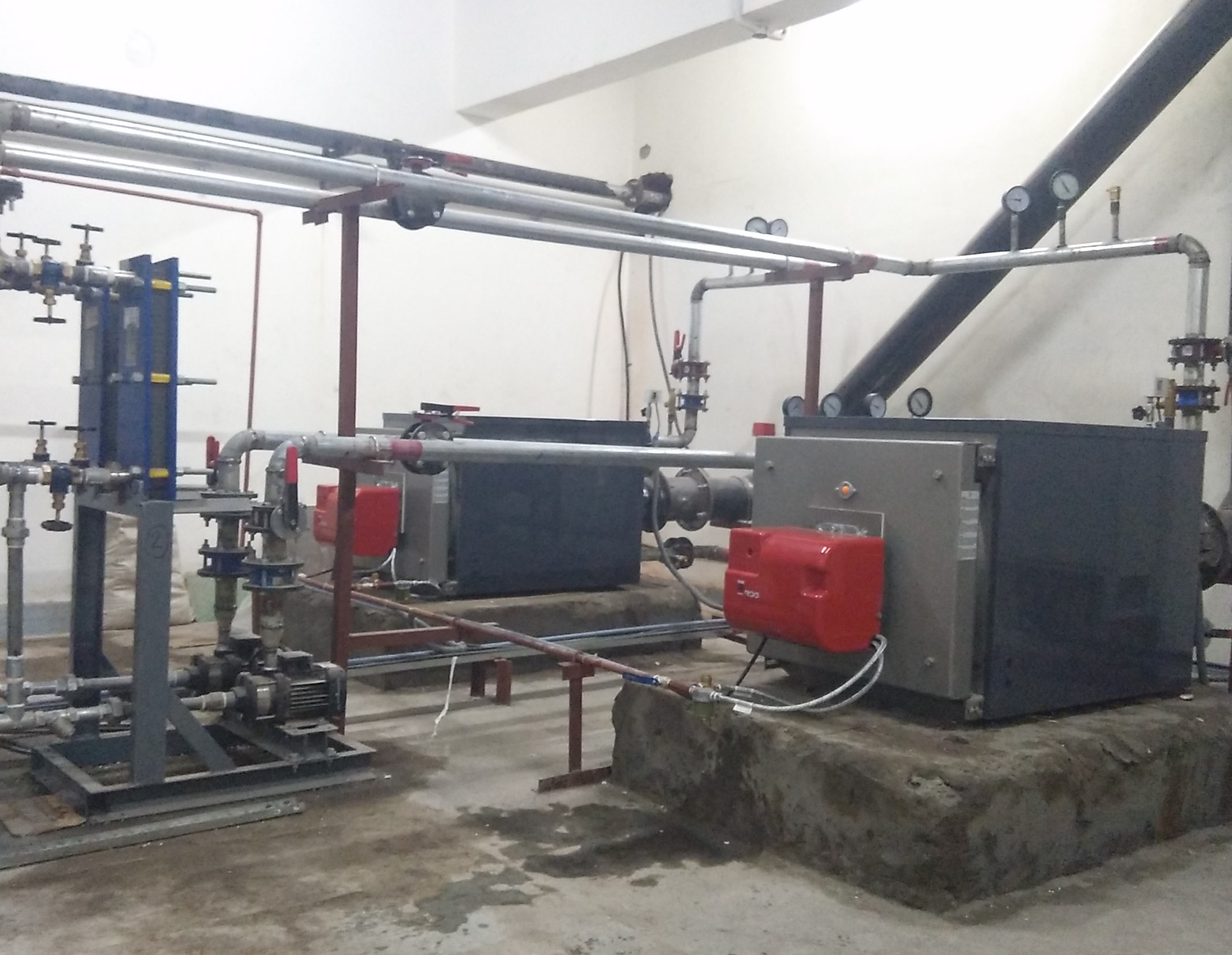 Hot Water Boilers 02 - Suntec Energy System